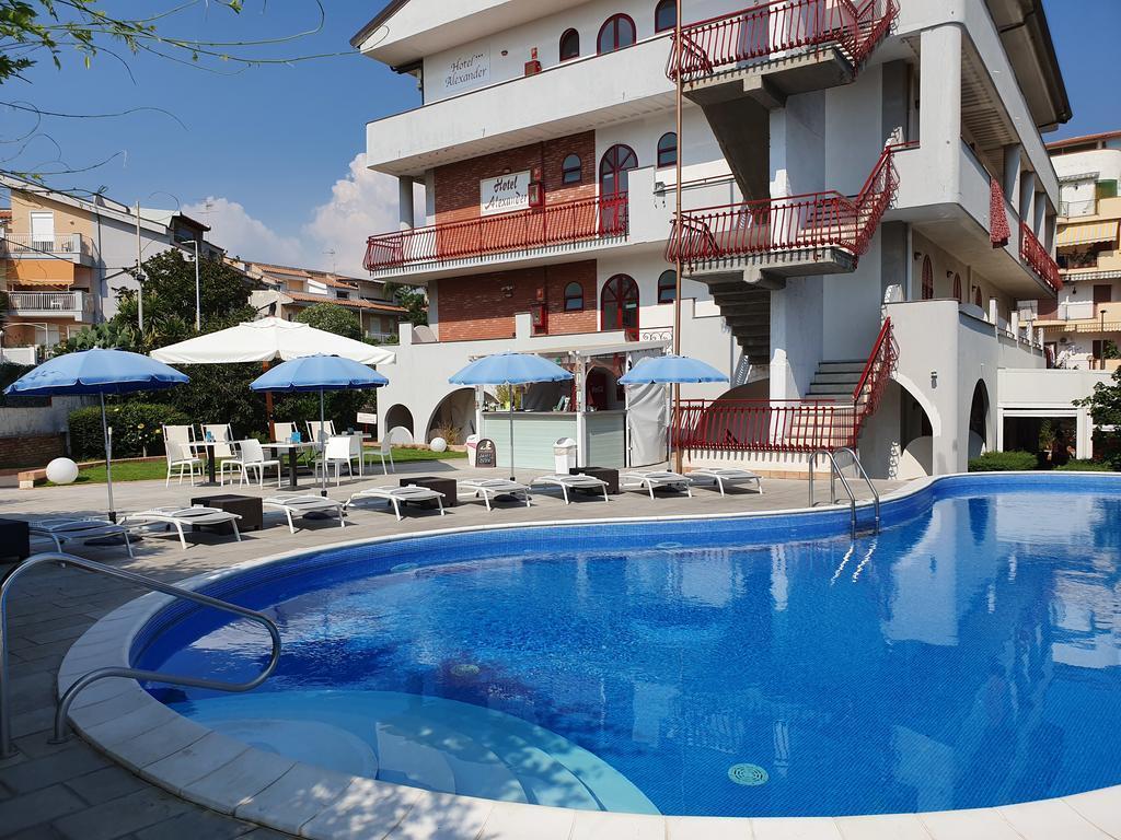 Alexander hotel 3 ck solvex travel sk - Hotel alexander giardini naxos ...