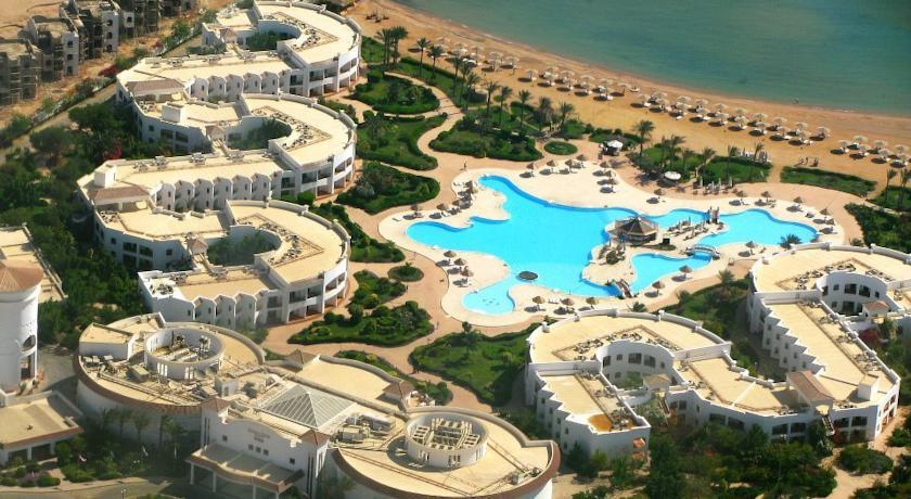 grand seas resort hostmark 4 travel sk. Black Bedroom Furniture Sets. Home Design Ideas